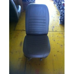Middle Seats Cessna 210